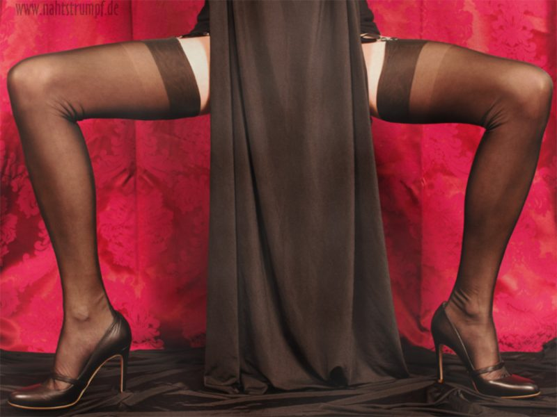 Long legs and 60 den ff seamed stockings